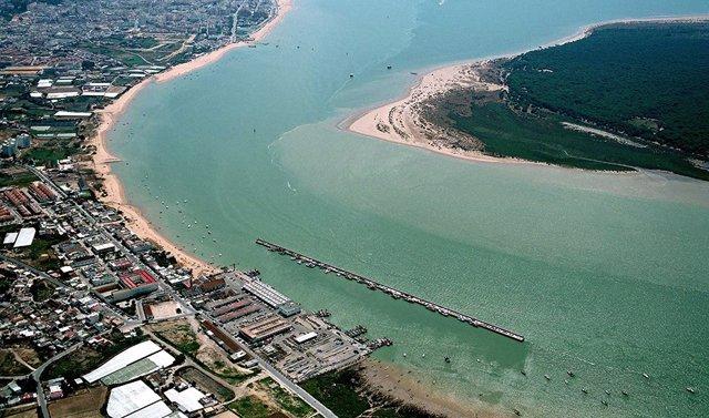 Desembocadura del río Guadalquivir en Sanlúcar de Barrameda