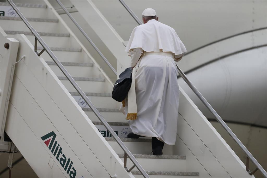 El Papa llega a Irak, su primer viaje internacional en 15 meses debido a la pandemia