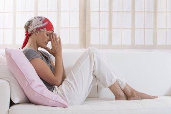 Foto: SEOM recuerda que se estima que unas 117.300 mujeres serán diagnosticas de cáncer en España en 2021