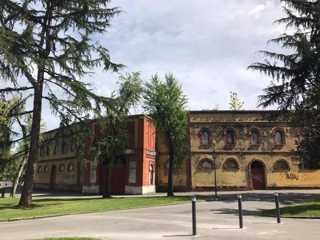 Archivo - Plaza de toros de Oviedo.
