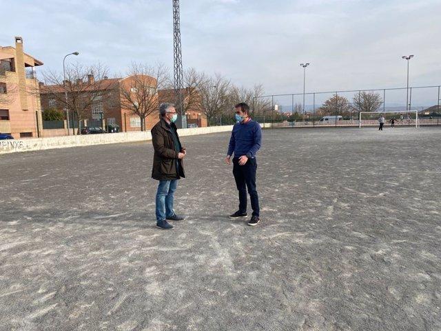 Campos de fútbol de la calle Los Enebros.