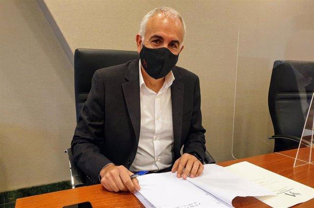 El viceportavoz del Grupo Parlamentario socialista Alfonso Martínez Baños