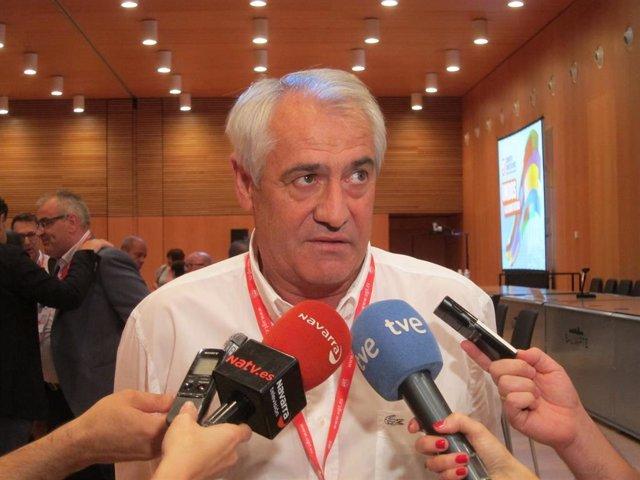 Archivo - Jesús Santos, secretario general de UGT Navarra.