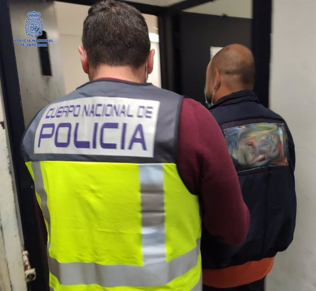 Decretan prisión provisional para el detenido por apuñalar a su compañero de piso.