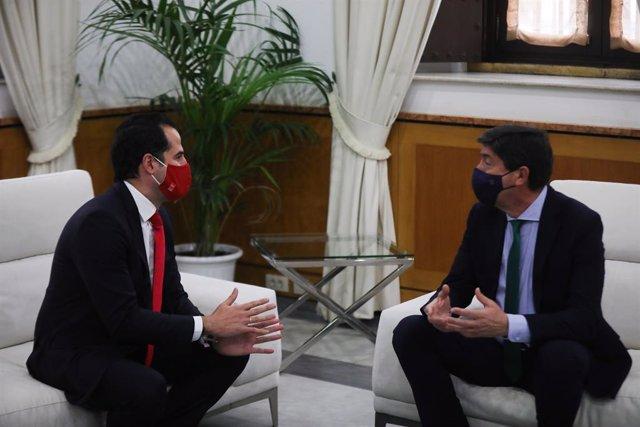 El vicepresidente de la Comunidad de Madrid, Ignacio Aguado, y el vicepresidente de la Junta de Andalucía, Juan Marín, este viernes reunidos en Sevilla.