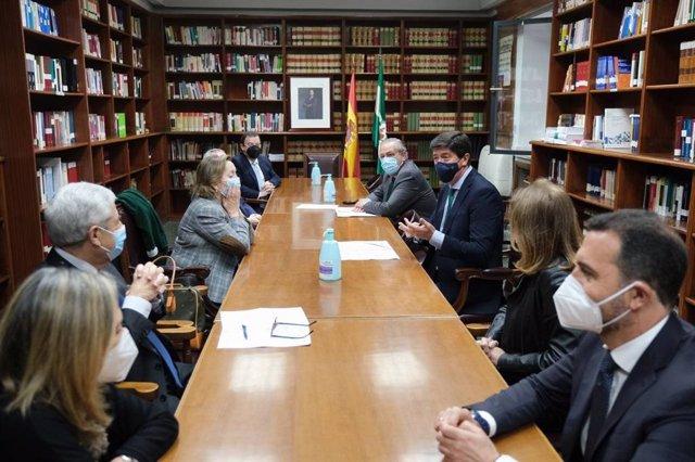 Reunión en la Audiencia de Sevilla