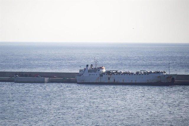 El buque de ganado 'Kharim Allah' atraca en la dársena de Escombreras, en el puerto de Cartagena