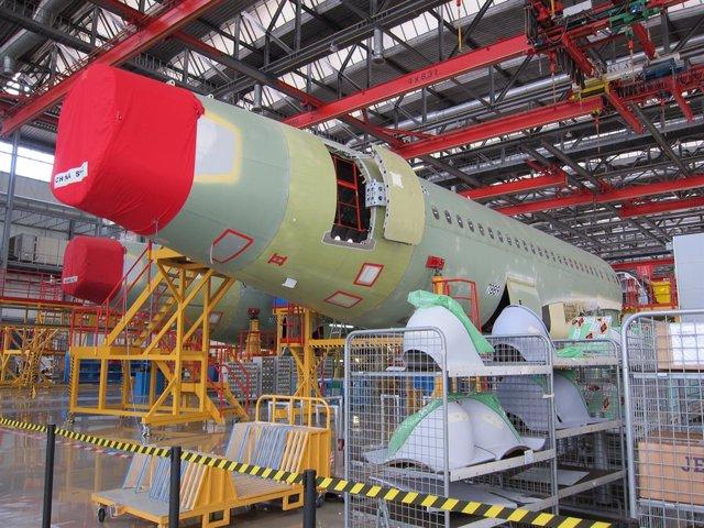 Archivo - Fábrica de ensamblaje del A320 de Airbus en Tianjin