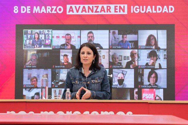 La vicesecretaria general del PSOE, Adriana Lastra, en un encuentro virtual organizado por la Agrupación Socialista de Mahón.