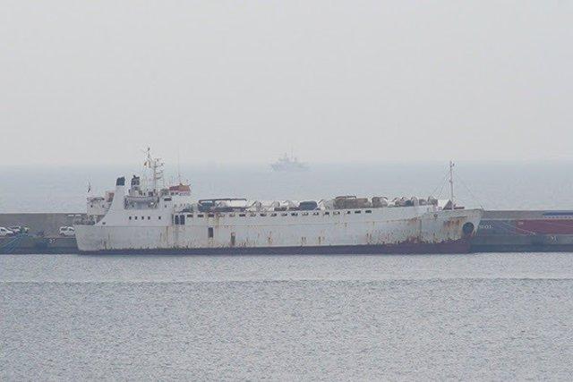 El buque Karim Allah en la Dársena de Escombreras
