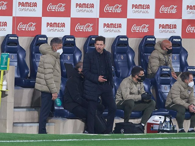 Diego Pablo Simeone head coach of Atletico de Madrid during the la Liga match between Villarreal and Atletico de Madrid at Estadio de la Ceramica on 28 February, 2021 in Vila-real, Spain