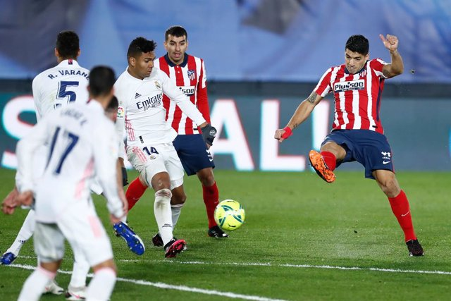 Archivo - Luis Suarez of Atletico de Madrid in action during the spanish league, La Liga Santander, football match played between Real Madrid and Atletico de Madrid at Ciudad Deportiva Real Madrid on december 12, 2020, in Valdebebas, Madrid, Spain