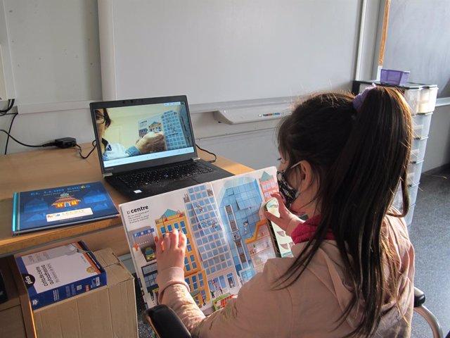 Nota + Fotos Voluntaris Caixabank A Catalunya Acompanyen En La Lectura A Més De 300 Menors Vulnerables