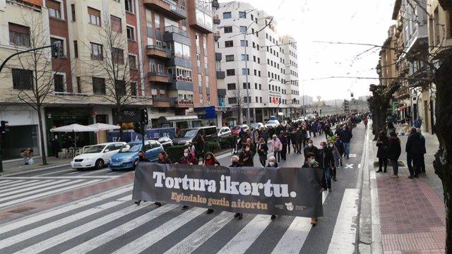 Manifestación en Pamplona para exigir que se investiguen las denuncias por tortura