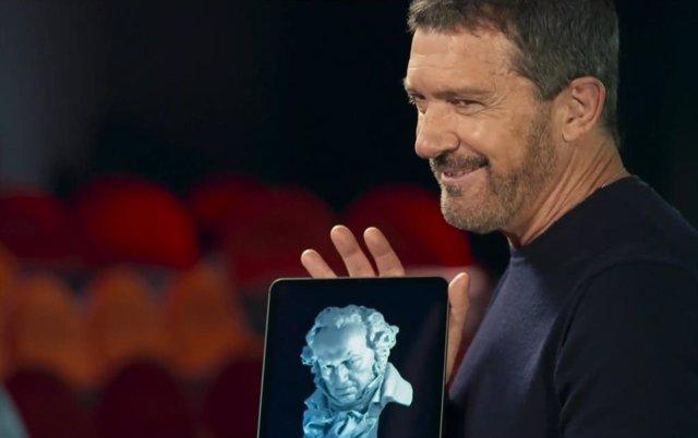 Antonio Banderas en el spot de los Goya 2021