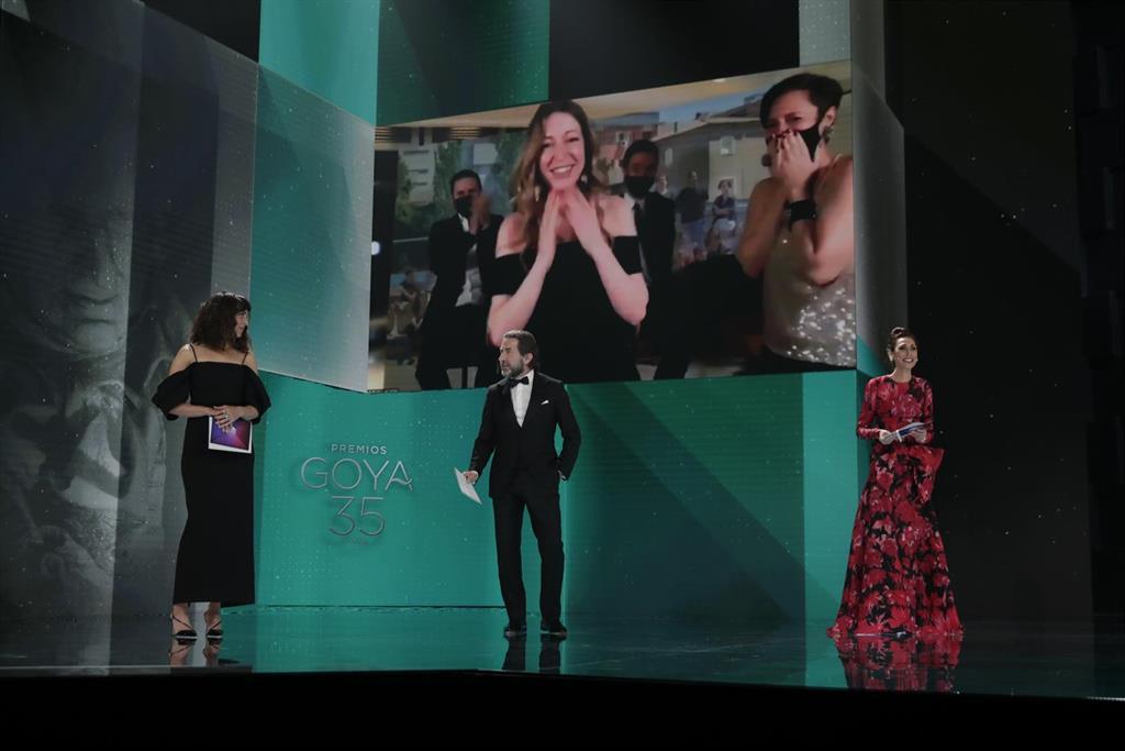 Los 'Goyas del Covid': 'Las Niñas' gana como Mejor Película, iguala a 'Adú' con 4 premios y 'Akelarre' logra 5 técnicos