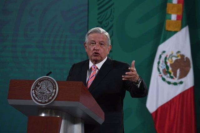Andres Manuel Lopez Obrador durante una rueda de prensa.