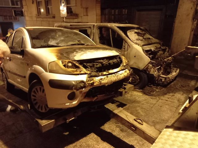 Vehículos afectados por el incendio