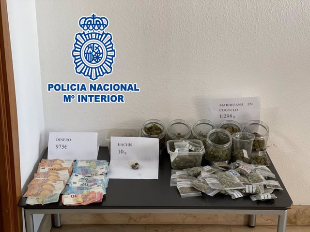 """Nota De Prensa: """"La Policía Nacional Ha Detenido A Cuatro Personas Y Ha Desmantelado Tres Puntos Negros De Venta De Marihuana En Dénia"""""""