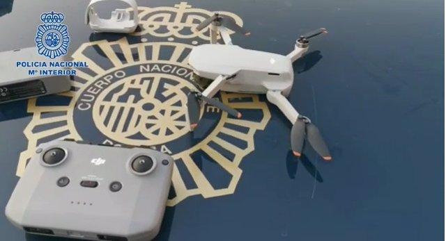 Policía intercepta un dron que sobrevolaba ayer el Congreso de los Diputados y otros edificios estratégicos
