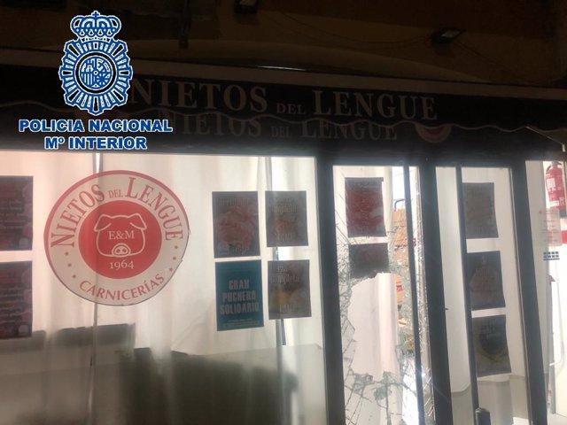Nota De Prensa: Detenido En El Puerto De Santa María Por Robar Cinco Jamones De Una Carnicería