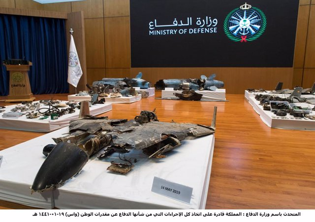 Archivo - 18 September 2019, Saudi Arabia, Riyadh: The remains of the missiles allegedly used in the attack against Aramco oil facility, displyed during by Saudi Colonel Turki al-Malki (Not Pictured), the spokesman for the Saudi-led coalition fighting in