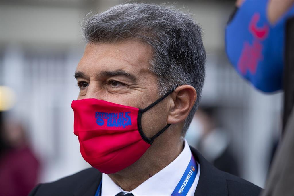 Laporta, un presidente con carisma para intentar eludir crisis y sombras
