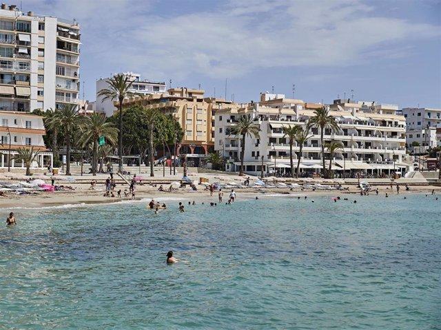 Archivo - Ibiza es uno de los destinos favoritos de nuestro país para los turistas de lujo