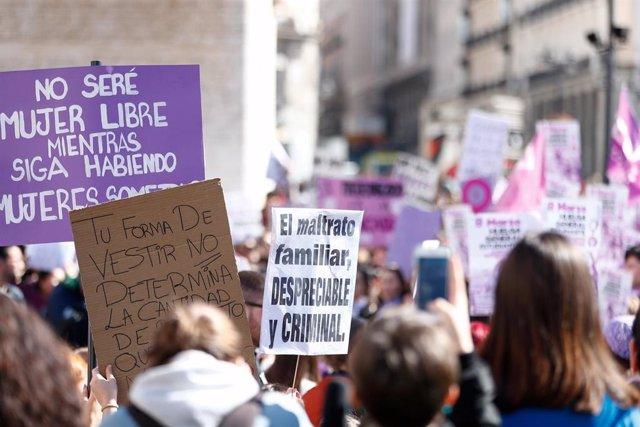 Archivo - Foto de archivo de la manifestación del 8M en Madrid.