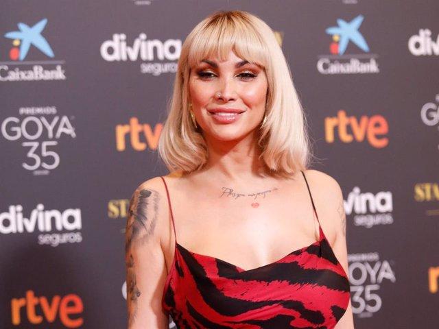 La actriz Daniela Santiago , posa  en la alfombra roja en la 35 edición de los Premios Goyaen elTeatro del Soho CaixaBank