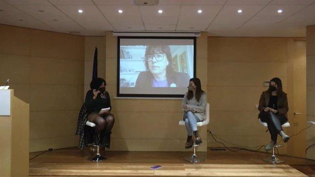Diálogo sobre el empoderamiento de las mujeres durante la pandemia, organizado por la oficina del Parlamento Europeo en Barcelona.