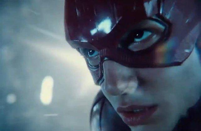 The Flash viajará en el tiempo en Liga de la Justicia de Zack Snyder