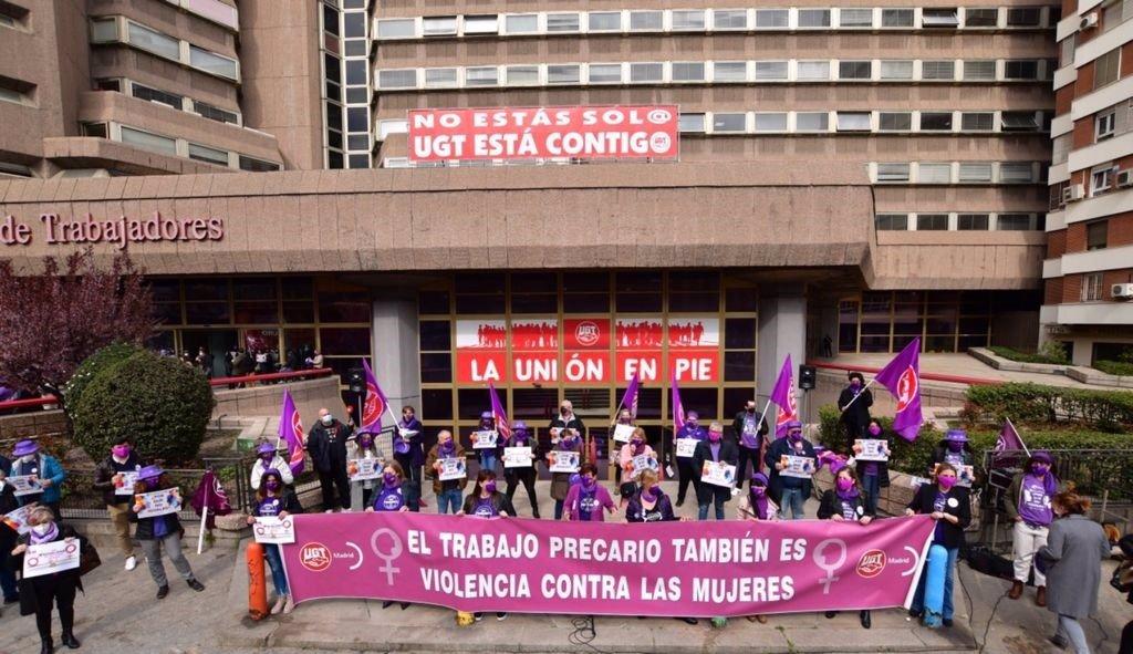 """CCOO y UGT protestan contra la """"criminalización"""" del 8M y ensalzan la importancia de visibilizar a las mujeres"""