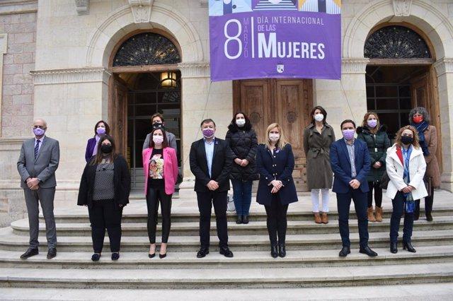 Acto institucional por el Día Internacional de la Mujer en la Diputación de Cuenca