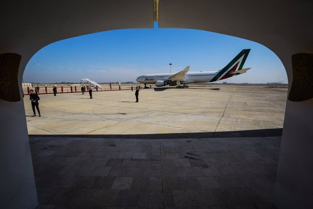 08 March 2021, Iraq, Baghdad: Pope Francis' Alitalia A330 aircraft prepares for take off from Baghdad International Airport. Photo: Ameer Al Mohammedaw/dpa