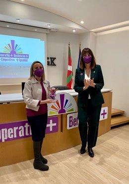 Mendia, en la entrega de los reconocimientos a la visibilización de la mujer en el cooperativismo