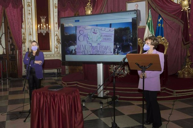 Irene García durante el acto del 8M en Diputación