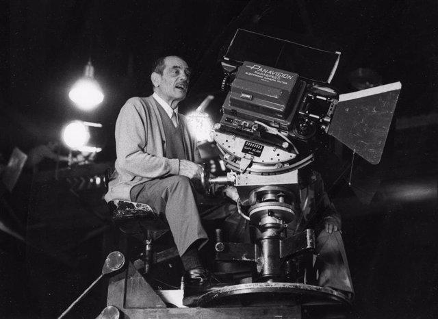 El director Luis Buñuel