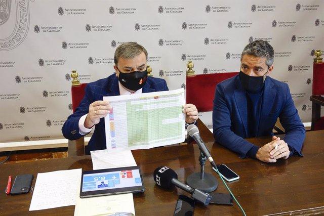 Los concejales de Recursos Generales y de Turismo, Francisco Fuentes y Manuel Olivares