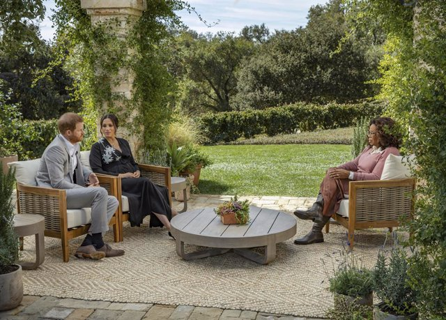 HANDOUT - 08 March 2021, ---: An Undated picture provided by Harpo Productions shows Prince Harry Duke of Sussex, and his wife Meghan, Duchess of Sussex, during their interview with Oprah Winfrey. Photo: Joe Pugliese/Harpo Productions via PA Media/dpa - A