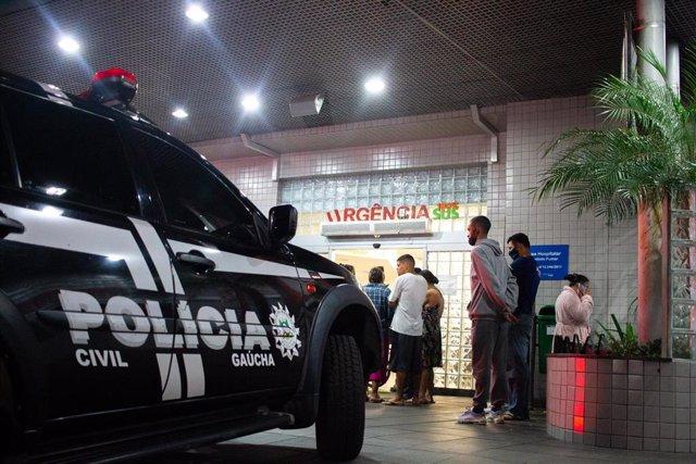 Coche de la Policía Civil en Porto Alegre, Brasil.