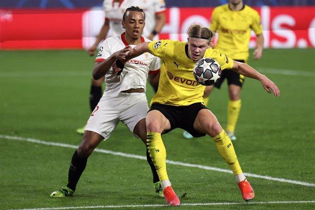Koundé (Sevilla) y Haaland (Dortmund)