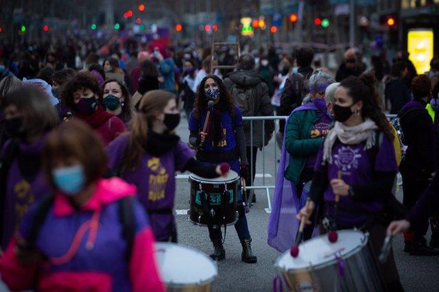 Manifest convocada per Vaga Feminista a Barcelona pel8