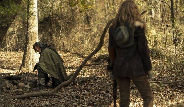 """La nueva pareja de The Walking Dead indigna a sus fans: """"Daryl ni con Leah ni con Connie, lo quiero con Carol"""""""