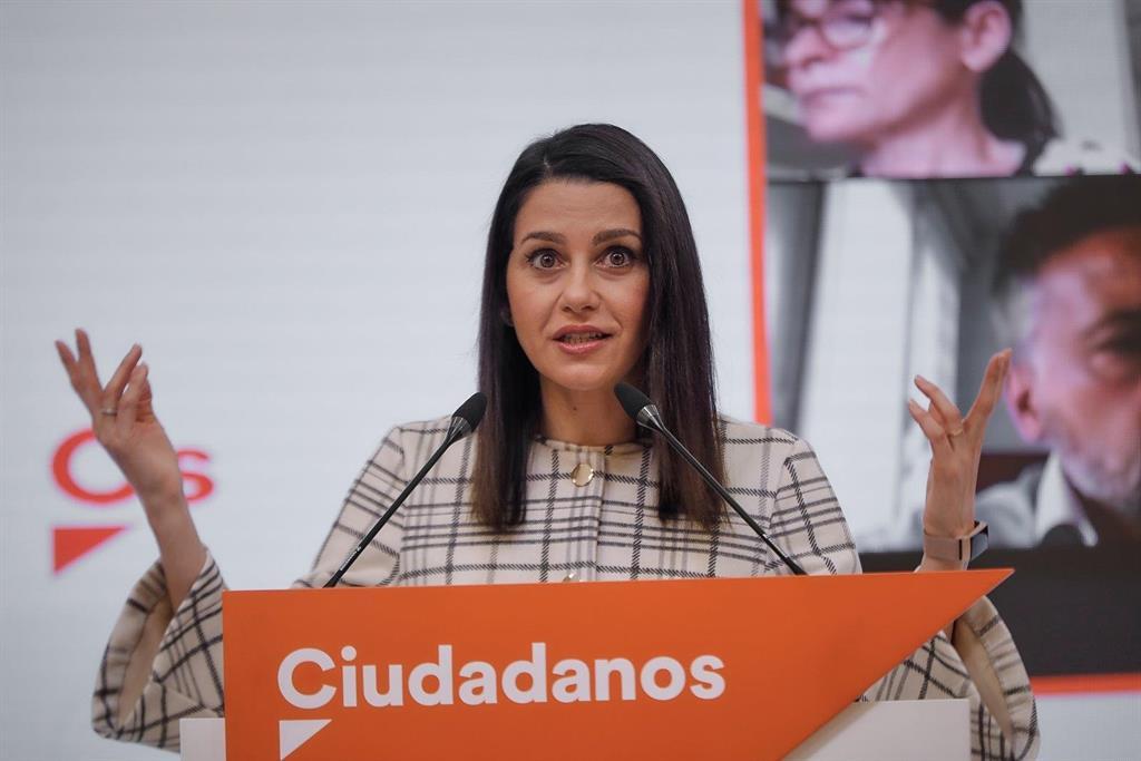 """Ciudadanos celebra como un """"triunfo de la democracia"""" que el Parlamento Europeo retire la inmunidad a Puigdemont"""
