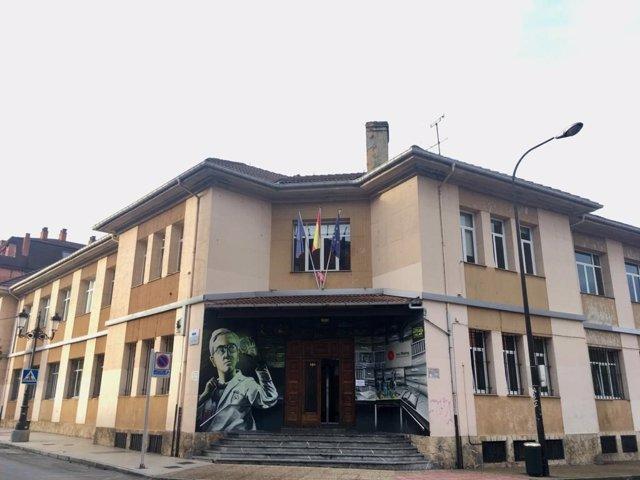Archivo - IES Fleming, en Oviedo