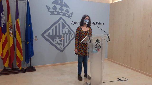 Archivo - La regidora de Modelo de Ciudad, Vivienda Digna y Sostenibilidad de Cort, Neus Truyol, en rueda de prensa.