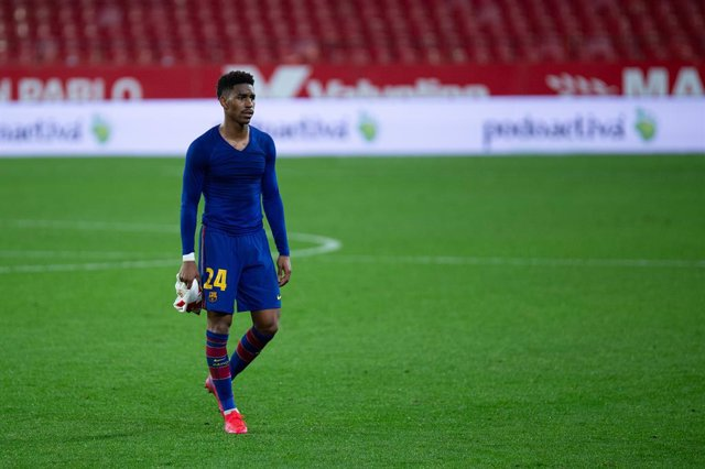 Junior Firpo of Barcelona during Semi-finals round of Copa del Rey, football match played between Sevilla Futbol Club and Futbol Club Barcelona at Ramon Sanchez Pizjuan Stadium on February 10, 2021 in Sevilla, Spain.