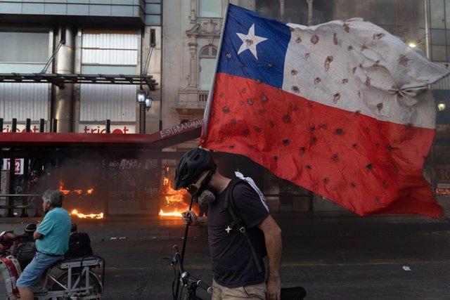 Archivo - Imagen de archivo de protestas en Chile.