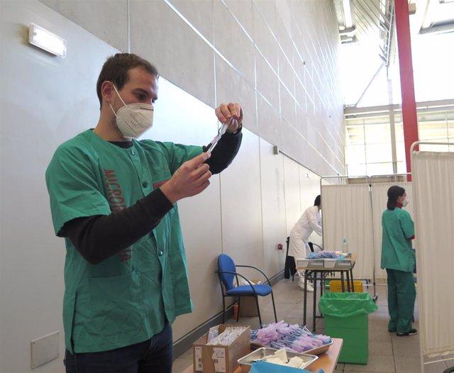 Personal de vacunación contra la COVID-19